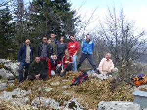Ekipa ZRSVN in ZGS na skupni akciji (foto: arhiv ZRSVN)
